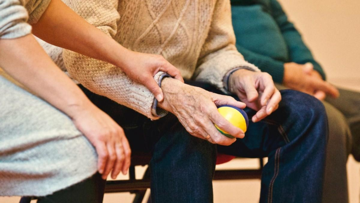 Alzheimer's Society highlights importance of tackling loneliness during coronavirus