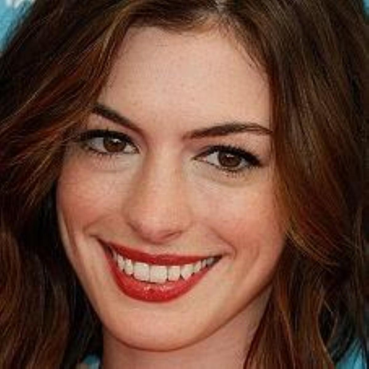Anne Hathaway 'researched Parkinson's for new role'